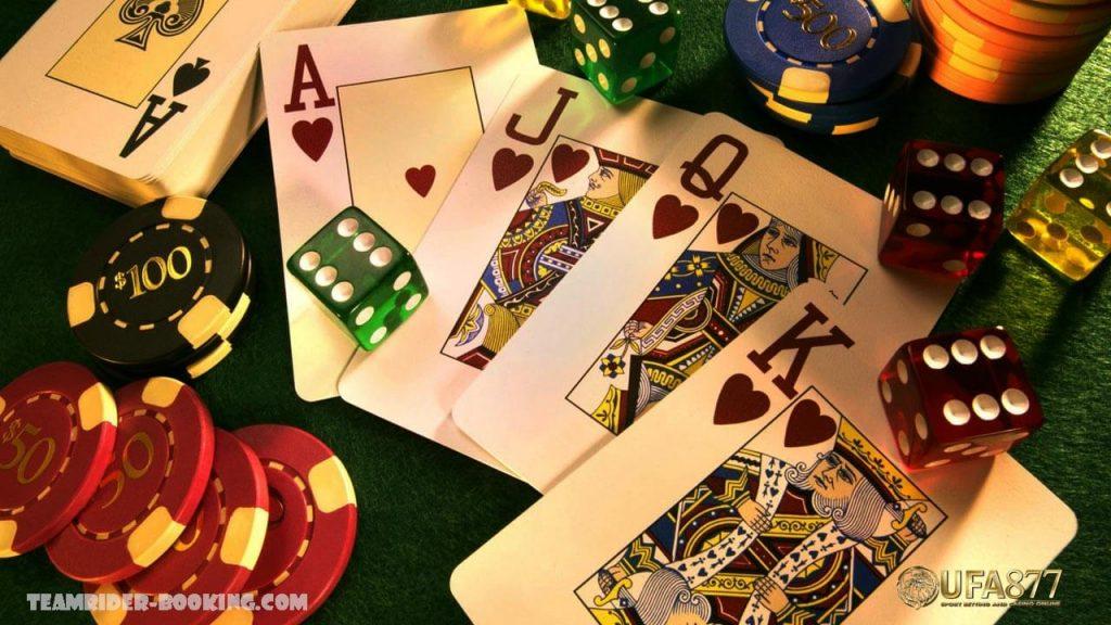 Gclub Casino Online สมัครวันนี้รับฟรีทันทีเครดิตมูลค่า 200 บาท เราอยู่กันในยุคที่การพนันออนไลน์นั้นเป็นที่นิยมและแพร่หลายทั้งในหมู่วัยรุ่น